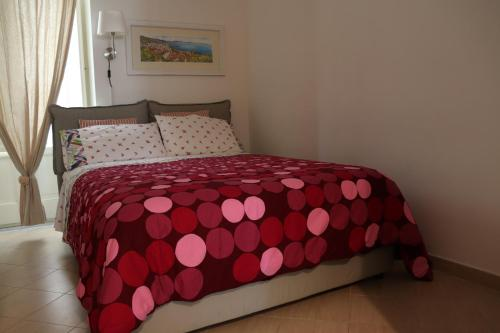 A bed or beds in a room at Arcadia 55