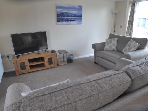 A seating area at Green View Lodges