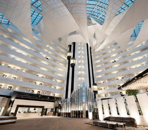 The lobby or reception area at Crown Metropol Perth