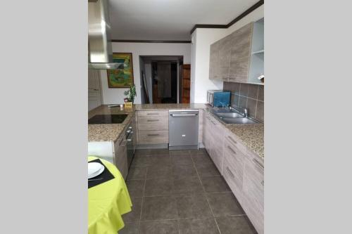 A cozinha ou cozinha compacta de TBL Tahiti Blue Lagoon