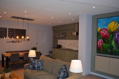 Een zitgedeelte bij Relaxed Apartments Haarlem