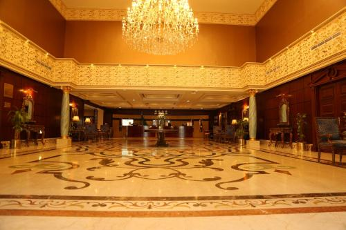 منطقة الاستقبال أو اللوبي في Amjad Royal Suites Hotel Jeddah