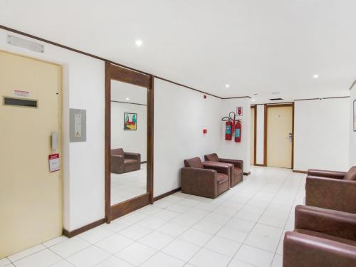The lobby or reception area at Hotel Bahia Park - Salvador