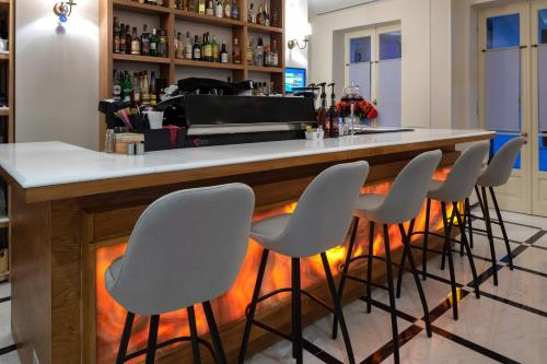 The lounge or bar area at Hotel Boschetto