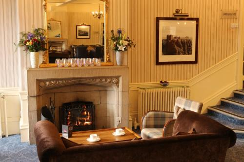 The lobby or reception area at Craiglynne Hotel