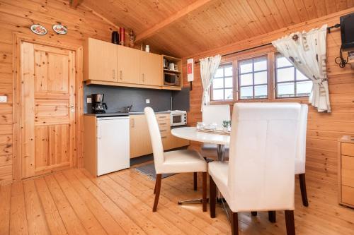 A kitchen or kitchenette at Sireksstadir Farm Holiday