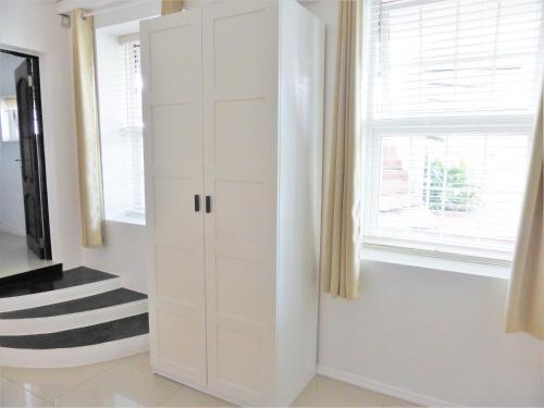 A bathroom at Marigot Palms Luxury Caribbean Apartment Suites
