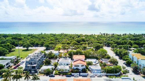 A bird's-eye view of The Donovan at Miami Beach