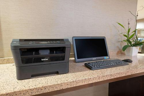 A television and/or entertainment center at La Quinta by Wyndham Bellingham
