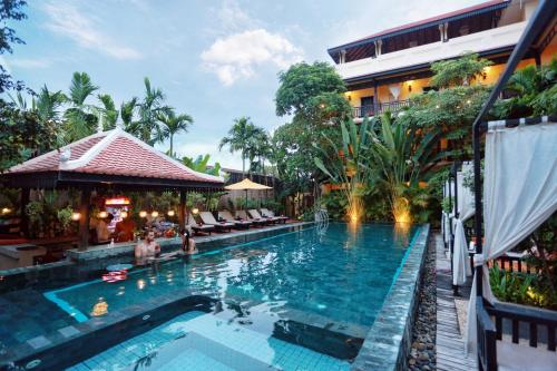 The swimming pool at or near Residence Indochine D'angkor
