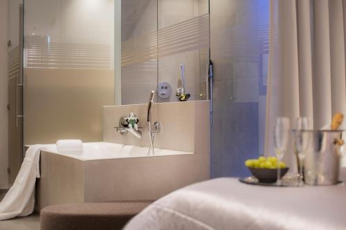 Ванная комната в hirschen dornbirn - das boutiquestyle hotel