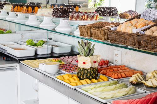 Завтрак для гостей Citi Hotel Express Caruaru