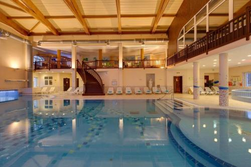 The swimming pool at or close to Grand Peterhof Spa Hotel