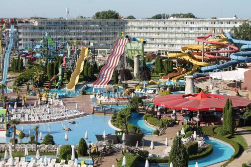 Aqua Nevis Hotel  et  Aqua Park - All Inclusive