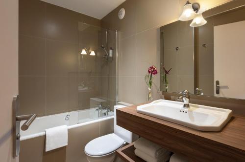 Salle de bains dans l'établissement Maison Barbillon Grenoble