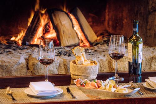 A restaurant or other place to eat at Los Cauquenes Resort + Spa + Experiences