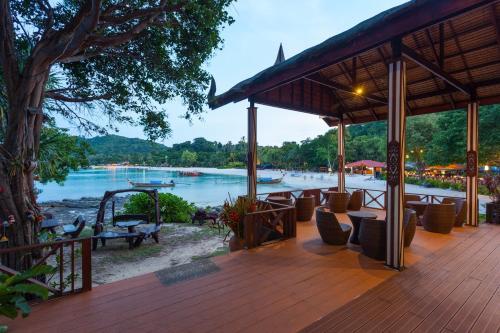 The swimming pool at or close to Phi Phi Natural Resort-SHA Plus