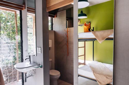 A bathroom at Spin Designer Hostel - El Nido