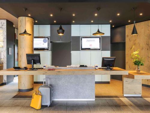 Lobby/Rezeption in der Unterkunft ibis Hotel Hannover City