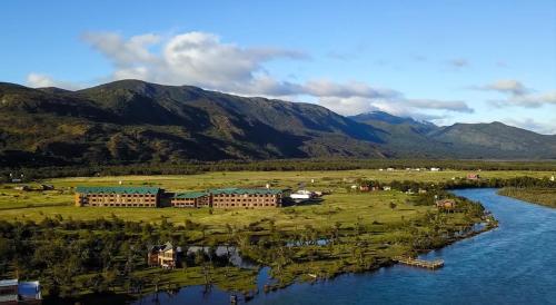 Uma vista aérea de Río Serrano Hotel + Spa