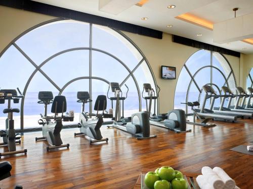 The fitness center and/or fitness facilities at Sofitel Al Khobar The Corniche