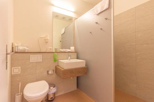 Ванная комната в B&B Hotel Peter und Paul