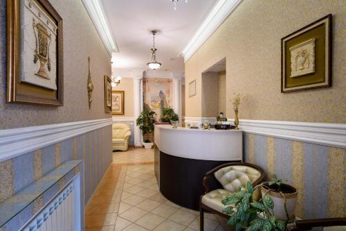 The lobby or reception area at Zolotoye Runo