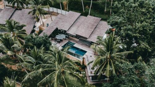 A bird's-eye view of Villa Kiri, Luxury Seaview Pool Villa in the Jungle