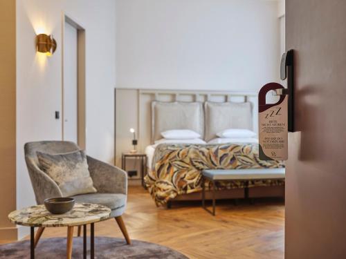 Een bed of bedden in een kamer bij Classik Hotel Alexander Plaza