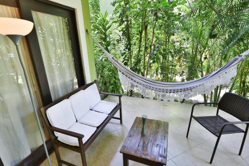 A balcony or terrace at Recanto da Mata Pipa