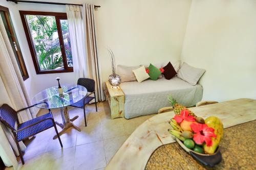 A seating area at Recanto da Mata Pipa