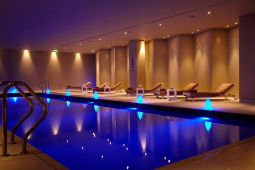 The swimming pool at or close to Park Plaza Westminster Bridge London