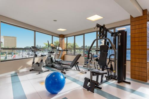 The fitness center and/or fitness facilities at Quality Hotel São Caetano