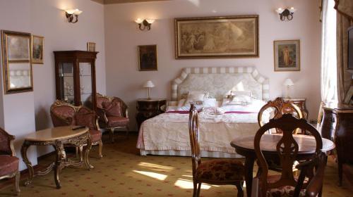 Restauracja lub miejsce do jedzenia w obiekcie Hotel Ambasada Bolesławiec