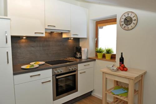 Kuchyň nebo kuchyňský kout v ubytování Bella Vista Appartements by Schladming-Appartements