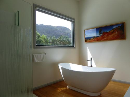 A bathroom at Dacelo
