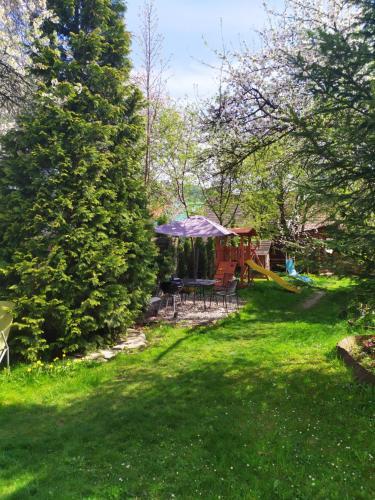 Ogród w obiekcie Pokoje gościnne Krościenko