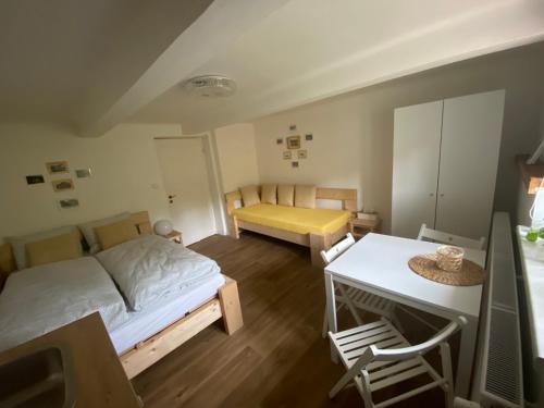 Postel nebo postele na pokoji v ubytování Ubytování Lucie