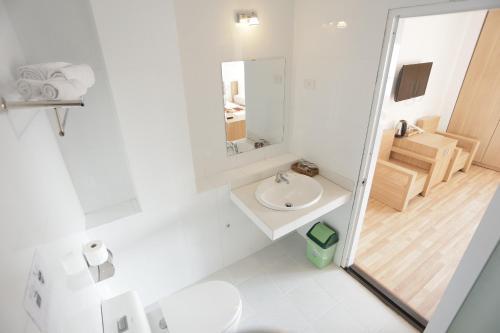 Ванная комната в Prince Hotel