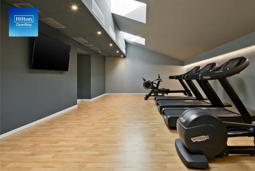 The fitness center and/or fitness facilities at DoubleTree By Hilton Trieste