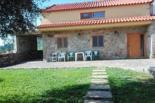 House with 3 bedrooms in Cossourado with wonderful mountain view enclosed garden and WiFi 30 km from the beach