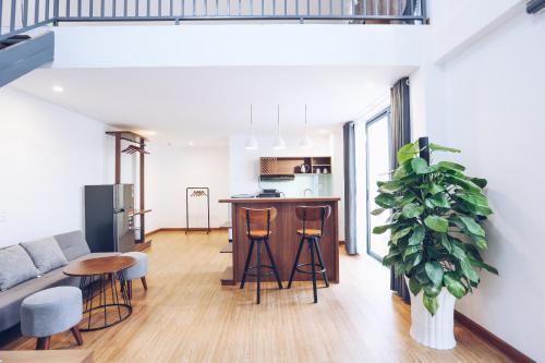 A kitchen or kitchenette at TTR Studio