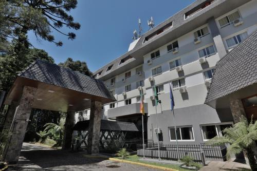 Tri Hotel