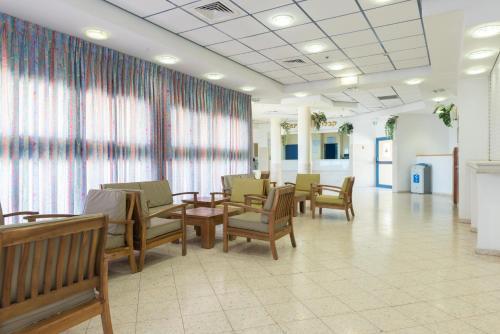 The lobby or reception area at HI - Ein Gedi Hostel