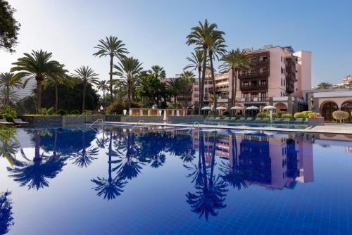 The swimming pool at or near Santa Catalina, a Royal Hideaway Hotel 5*GL