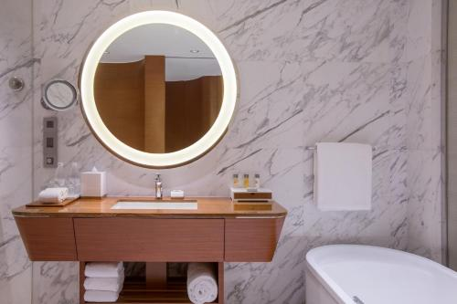 A bathroom at Crowne Plaza Macau, an IHG Hotel