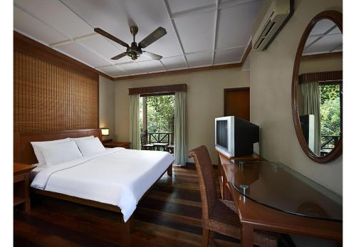 A television and/or entertainment centre at Redang Island Resort