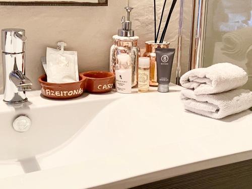 A bathroom at Zenit Guest House