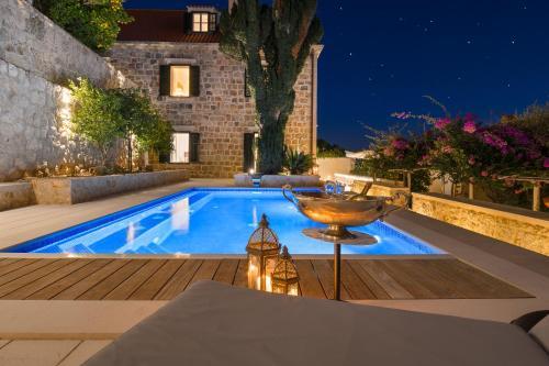 Piscina di Villas Agape Dubrovnik - With Pool, Sea and Old Town view o nelle vicinanze
