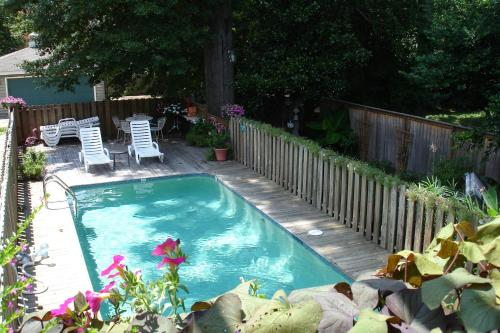 A view of the pool at The Lattice Inn or nearby
